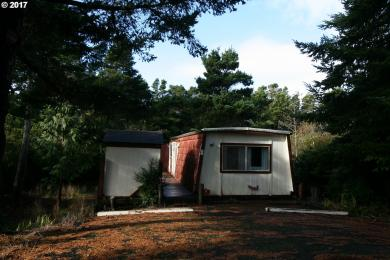 1600 Rhododendron Dr Spac #9, Florence, OR 97439