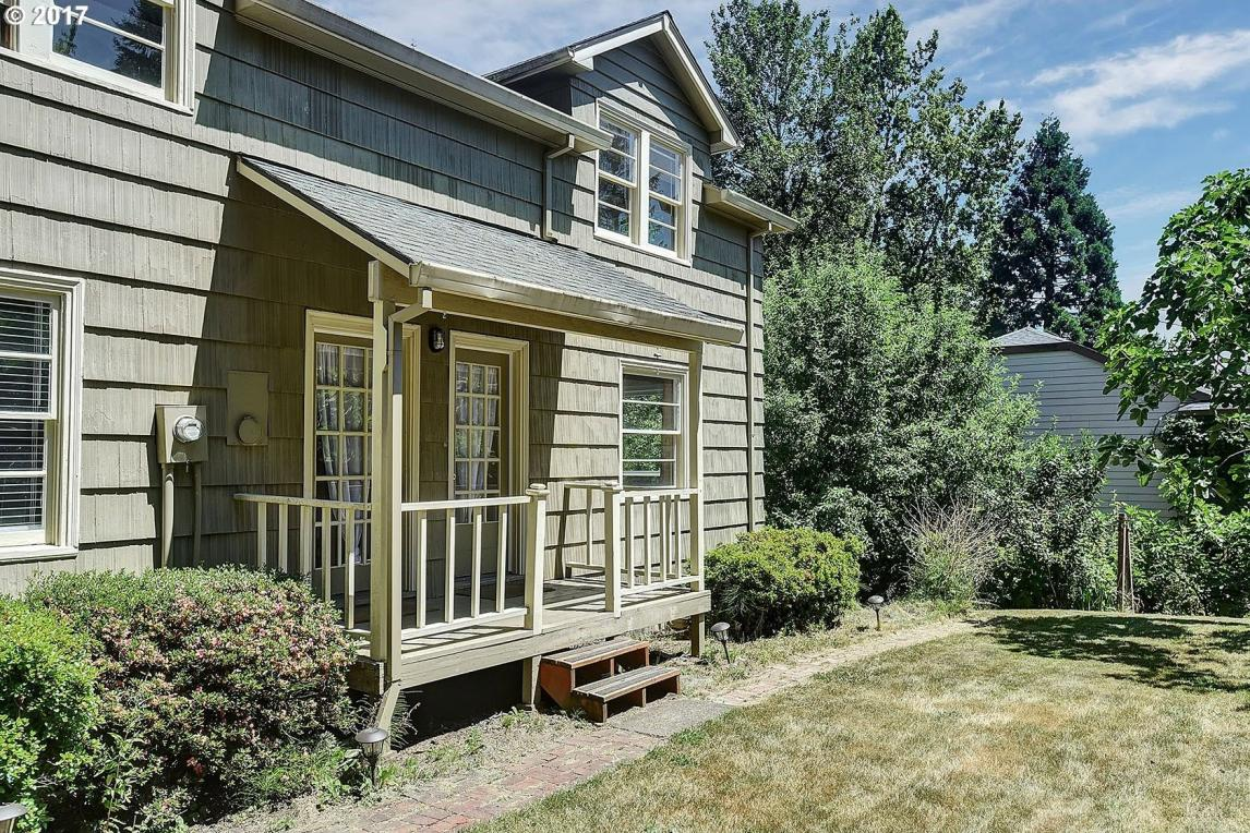 11010 SW 45th Ave, Portland, OR 97219