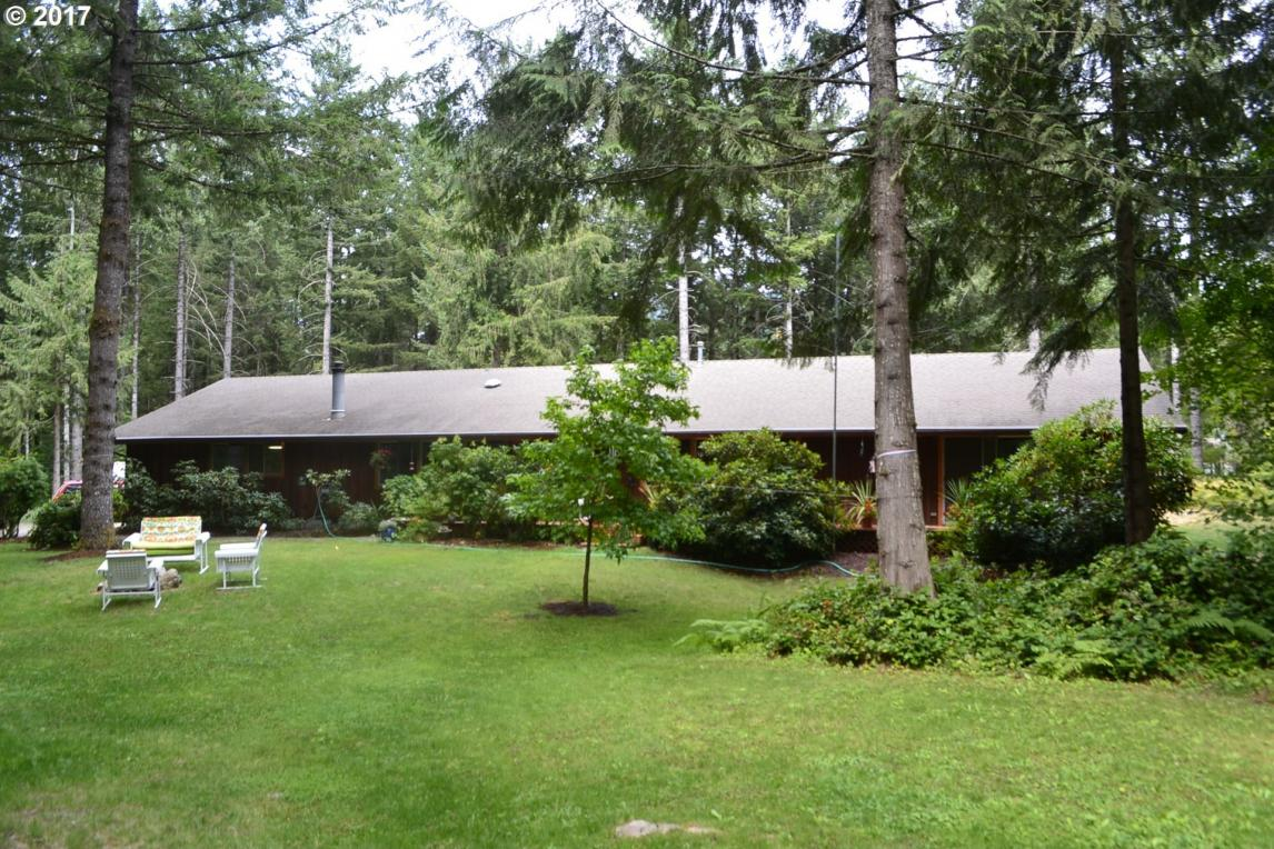 68685 E Huckleberry Dr, Welches, OR 97067