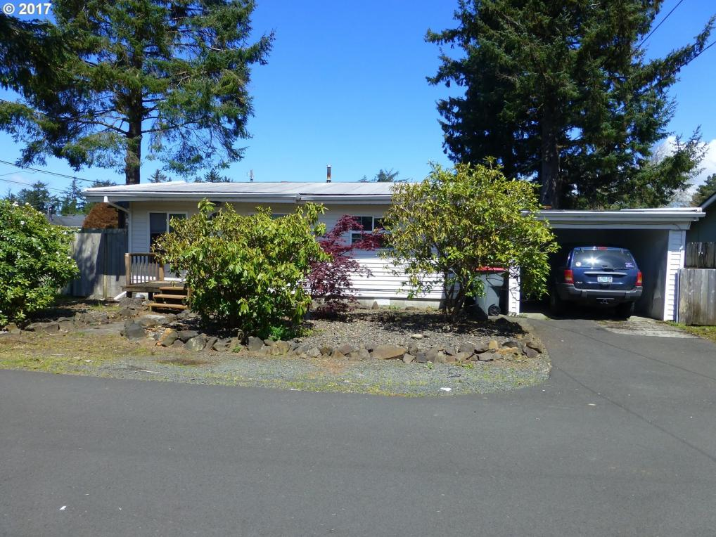 802 25th Ave, Seaside, OR 97138