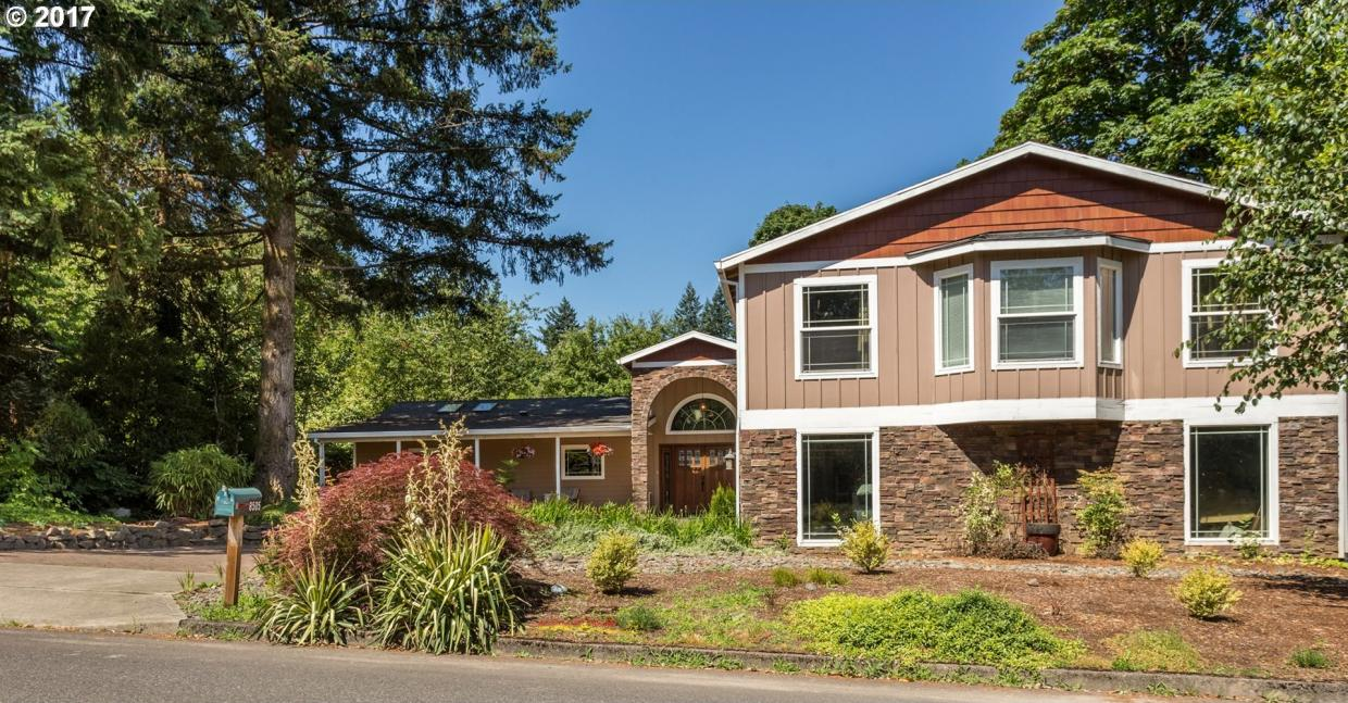 8505 SW 52nd Ave, Portland, OR 97219
