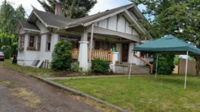 Photo of 21260 SE Stark St, Gresham, OR 97030