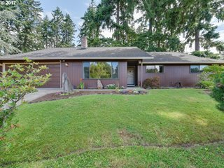 8221 NW 4th Ave, Vancouver, WA 98665