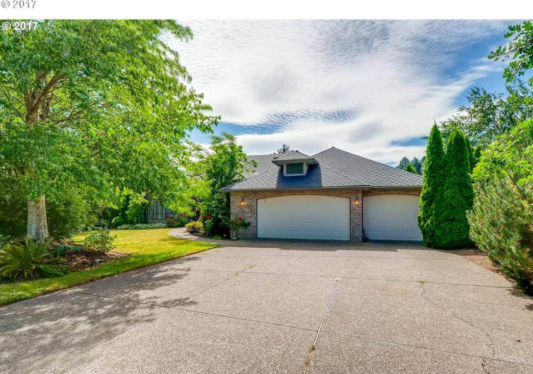 14234 NW Lakeshore Ct, Portland, OR 97229