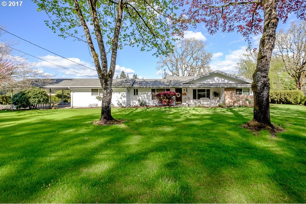 28385 Liberty Rd, Sweet Home, OR 97386