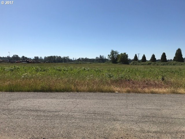 7323 S Tull Rd, Canby, OR 97013