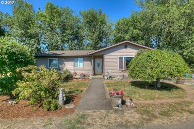 Photo of 38255 Robinson Dr, Scio, OR 97374