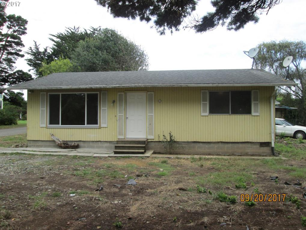 -1 Delaware Ave, Bandon, OR 97411