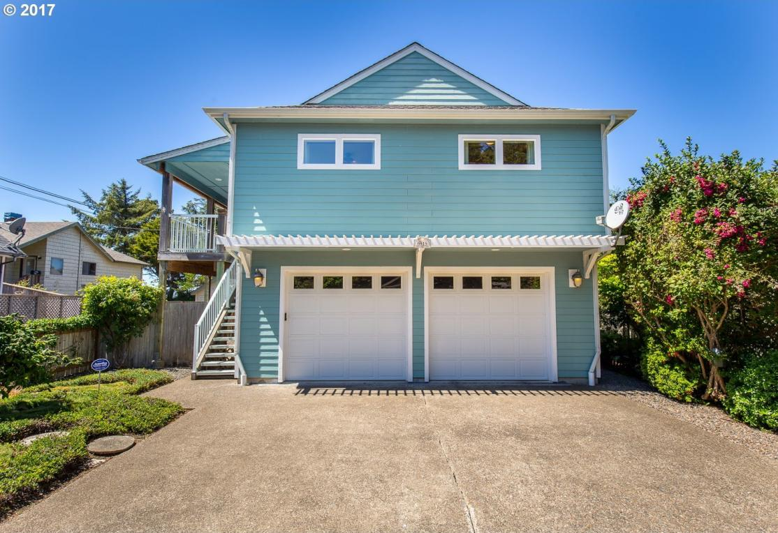 6915 SW Galley Ave, Lincoln City, OR 97367