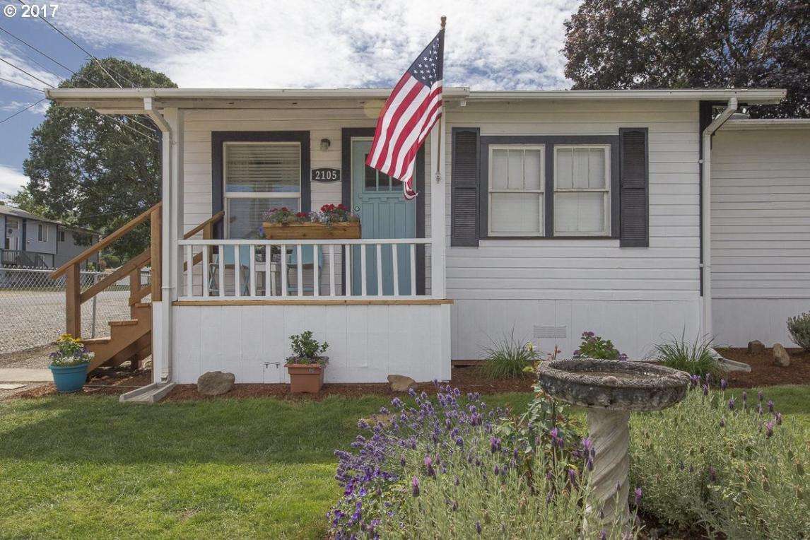 2105 2nd St, Columbia City, OR 97018