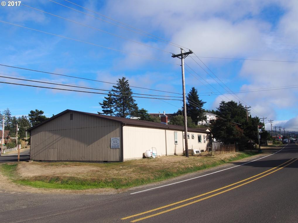 34825 Brooten Rd, Pacific City, OR 97135