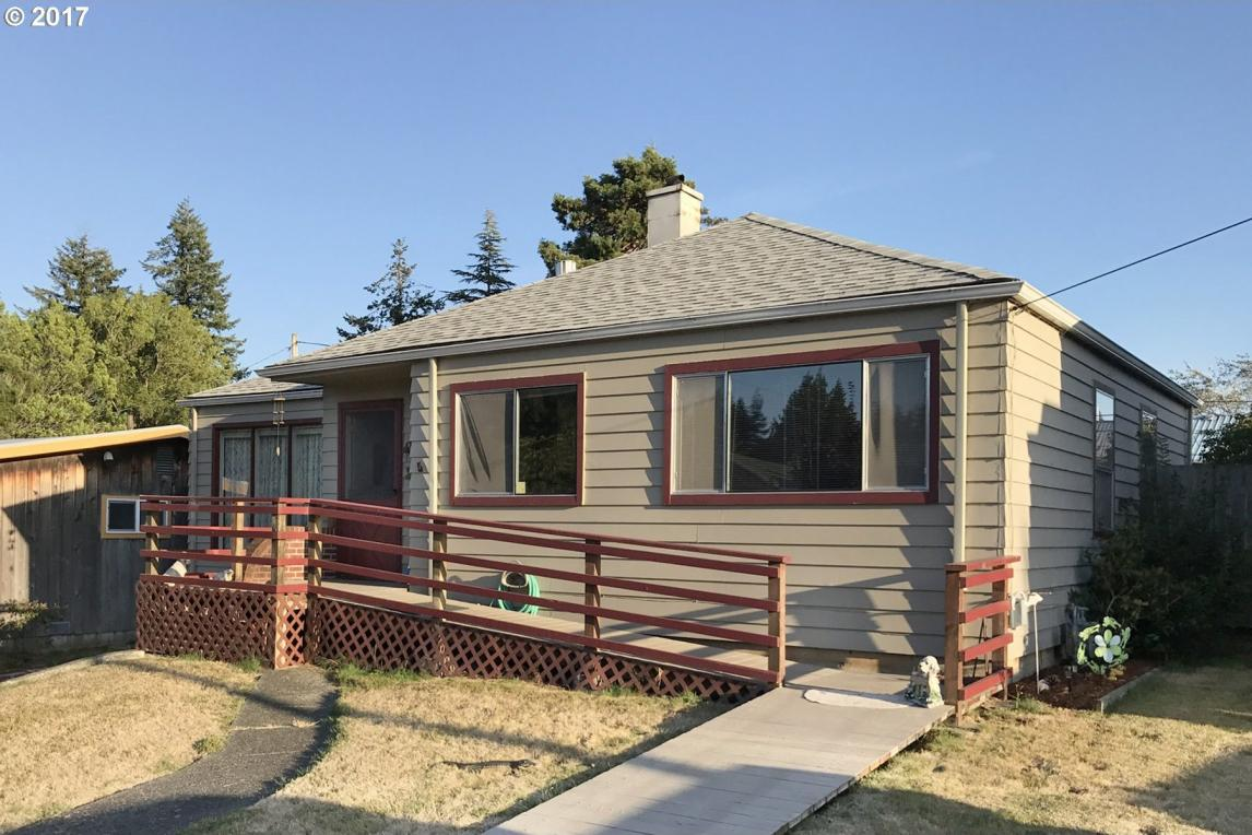 1065 W 9th, Coquille, OR 97423
