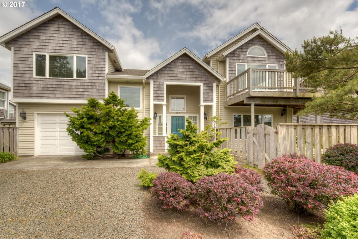 887 Neacoxie Blvd, Gearhart, OR 97138