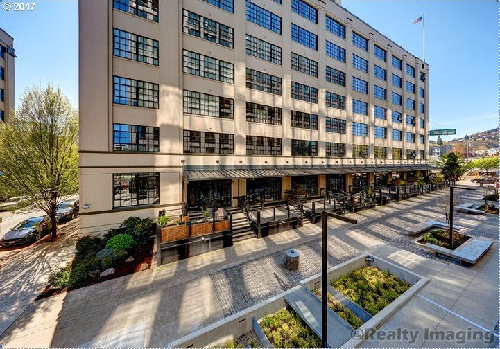 1400 NW Irving St #430, Portland, OR 97209