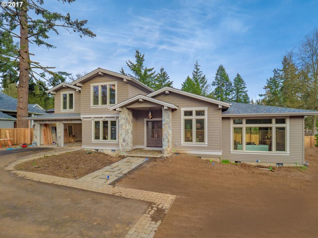 4394 Lords Ln, Lake Oswego, OR 97035