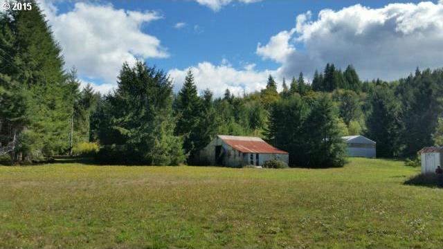 1182 South Smith River Rd, Reedsport, OR 97467