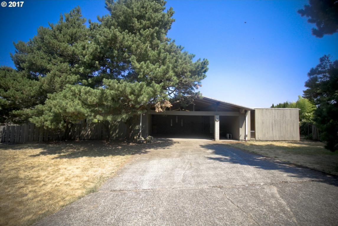 14305 SW High Tor Dr, Tigard, OR 97224