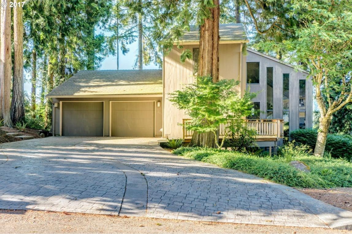 2304 NW 128th St, Vancouver, WA 98685