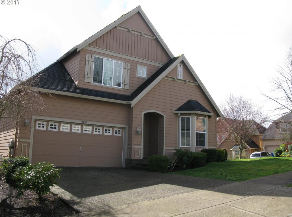 12618 SE 157th Ave, Happy Valley, OR 97086