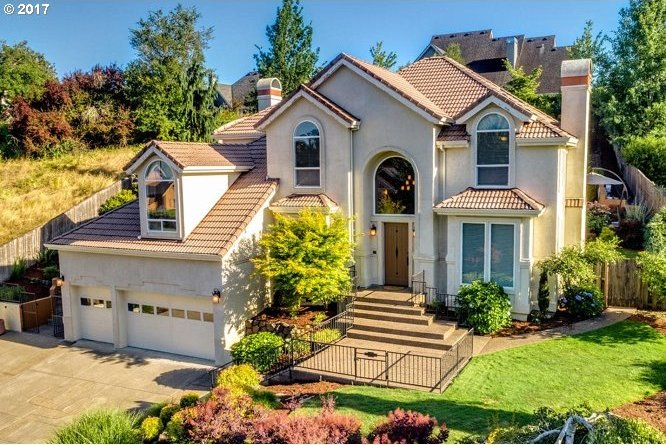 1020 NW Baker Crest Ct, Mcminnville, OR 97128