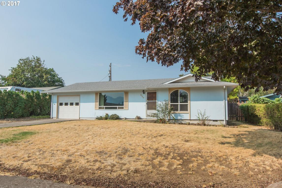 470 25th, Hood River, OR 97031