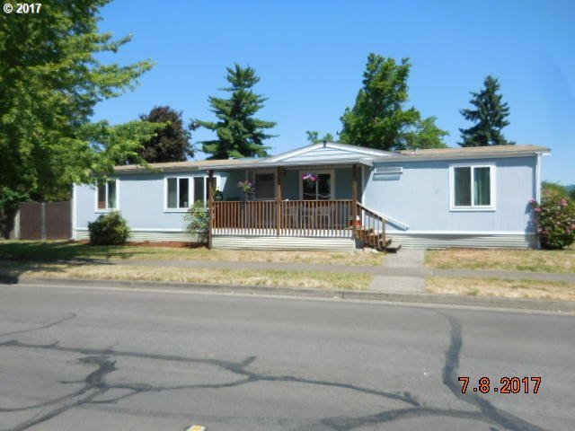 464 S 53rd St, Springfield, OR 97478