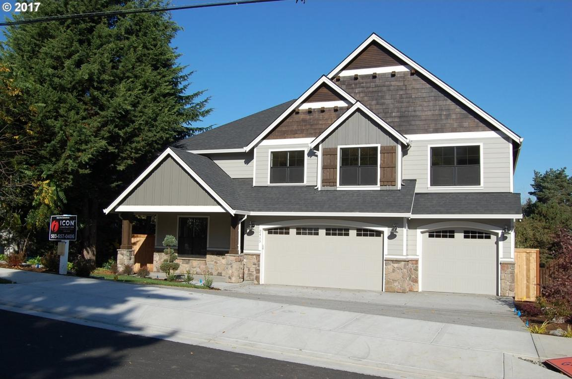 2415 Dillow Dr, West Linn, OR 97068