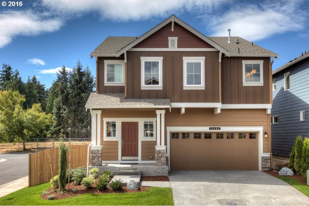17082 SE Rhododendron St, Happy Valley, OR 97086