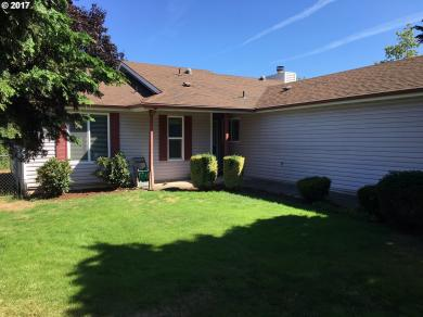 264 SW 12th Ave, Canby, OR 97013