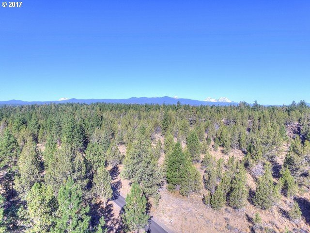 Saddleback Dr, Bend, OR 97703