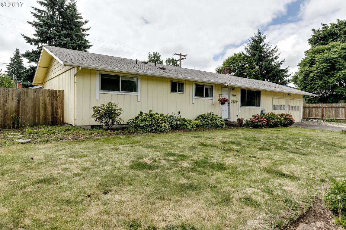 1619 W Quinalt Ave, Springfield, OR 97477