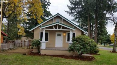 17220 SE Main St, Portland, OR 97233