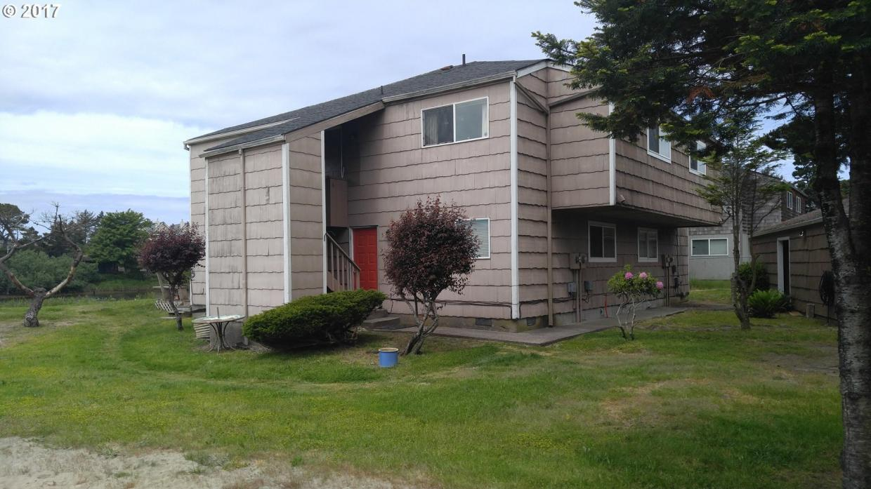 810 S Holladay Dr, Seaside, OR 97138
