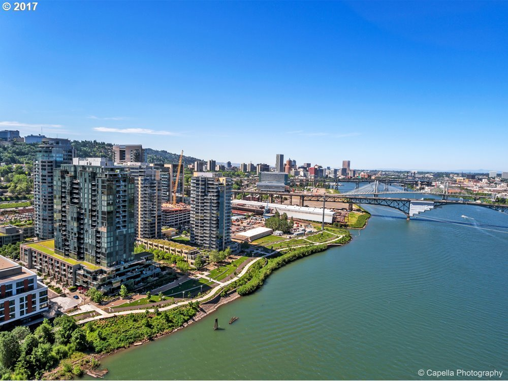 841 SW Gaines St #2204, Portland, OR 97239