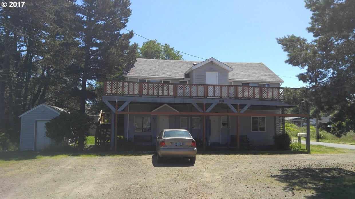 898 5th Ave, Hammond, OR 97121