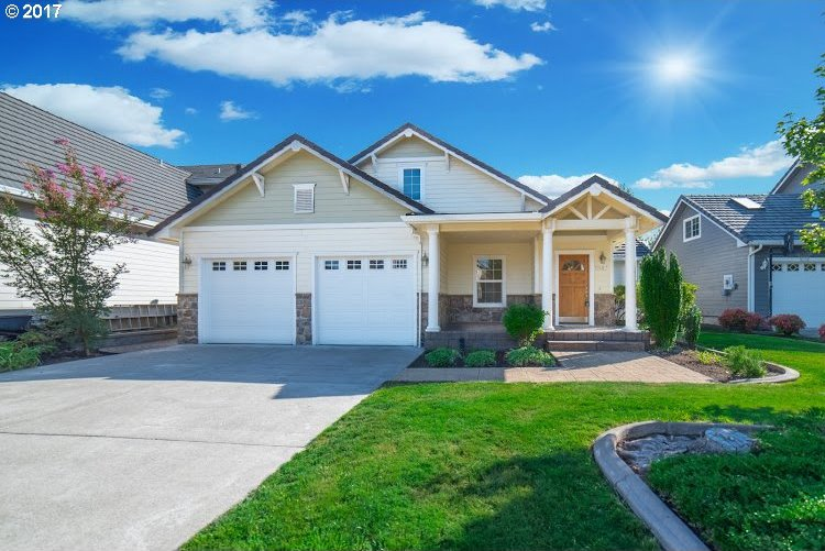 1247 Masters Ave, Creswell, OR 97426