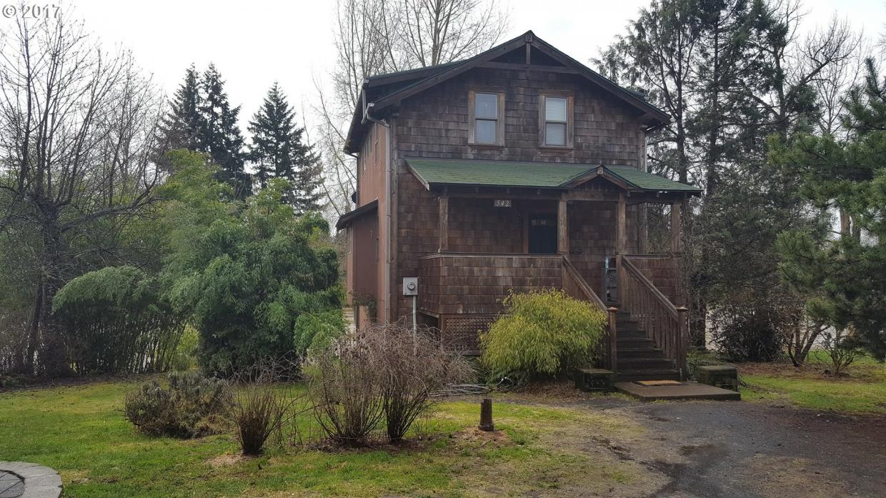 542 E Main St, Sheridan, OR 97378