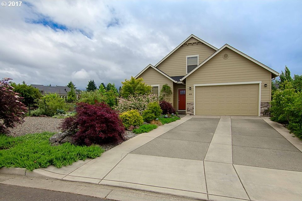 422 Backwater Loop, Sutherlin, OR 97479