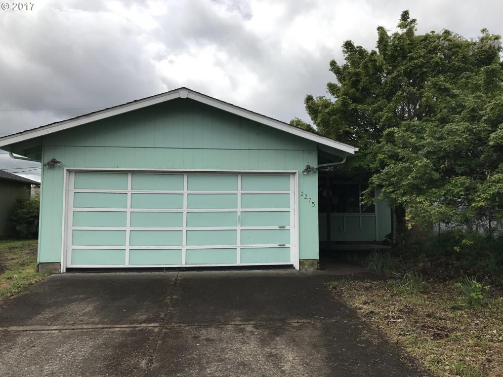 2275 L St, Springfield, OR 97477