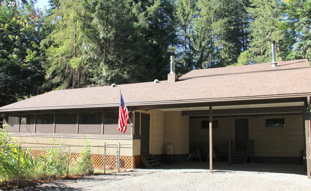 62281 E Shadow Ln, Brightwood, OR 97011