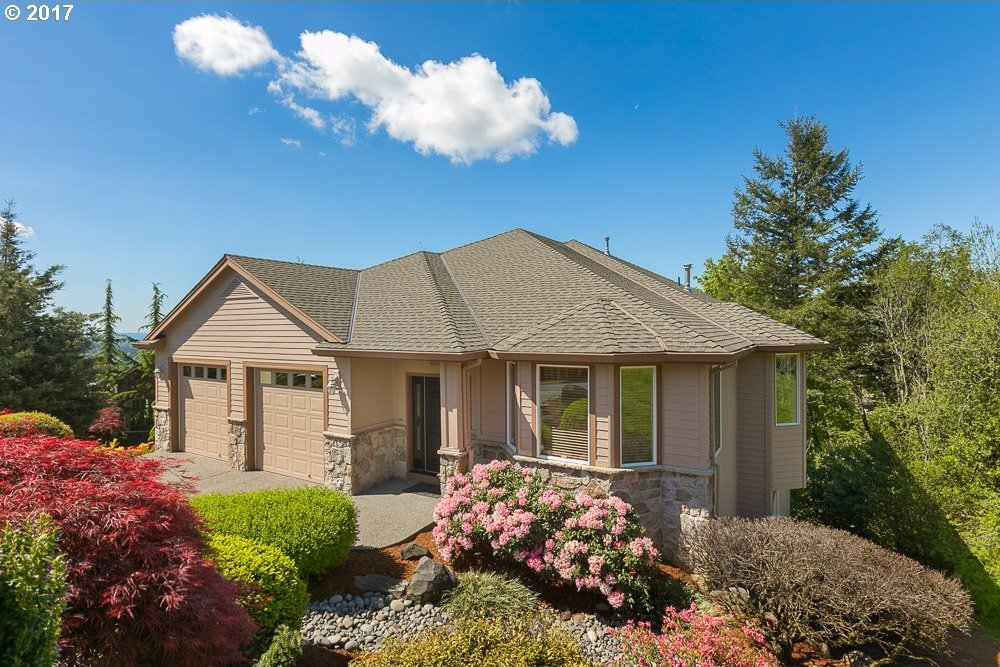 4047 NW Riggs Dr, Portland, OR 97229