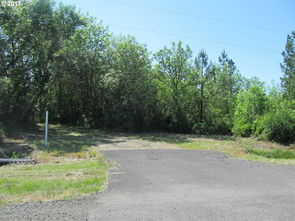 Playway Rd, Eugene, OR 97405