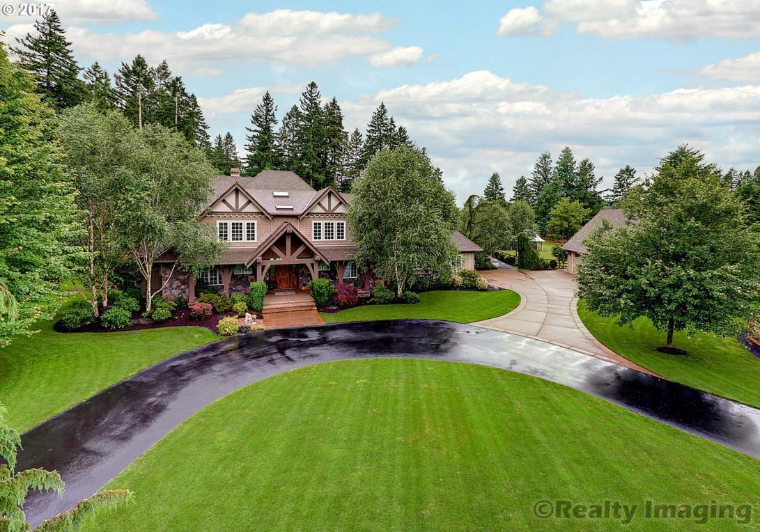 31553 SW Isle Way Ln, West Linn, OR 97068