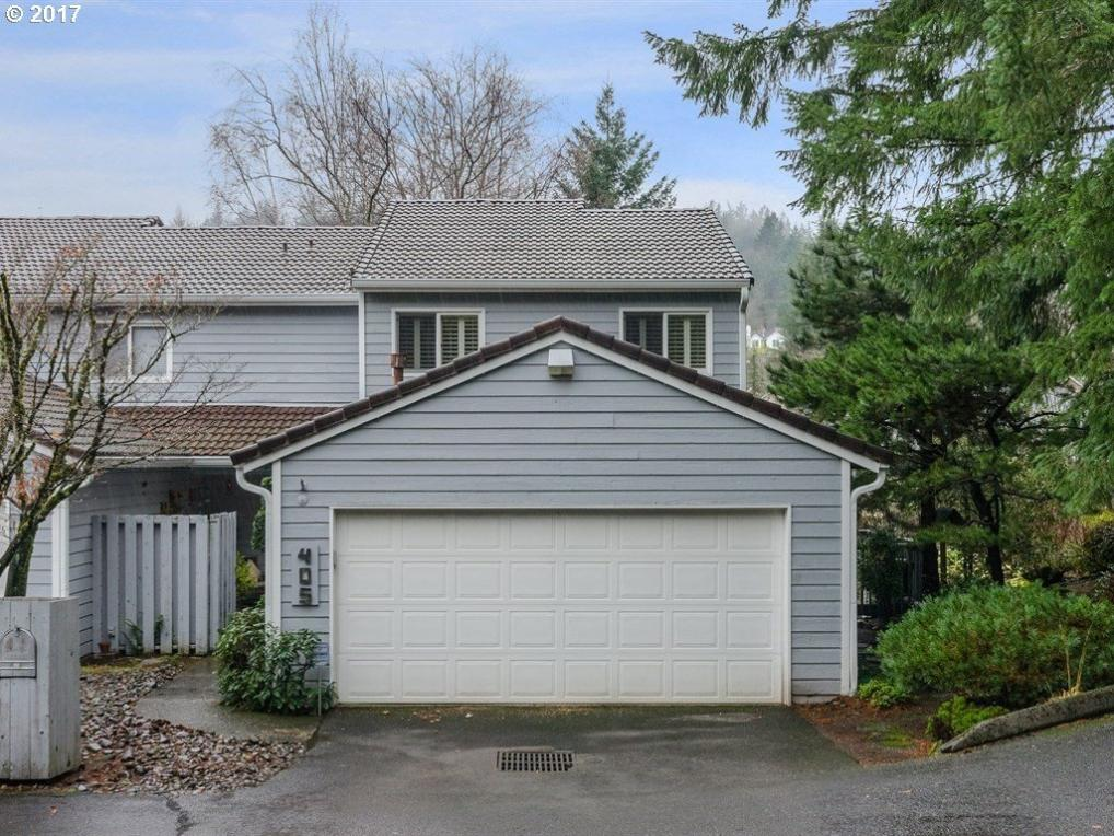 405 SW 70th Ter, Portland, OR 97225