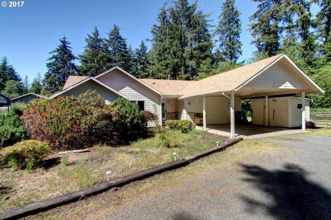 1175 8th Ct, Hammond, OR 97121