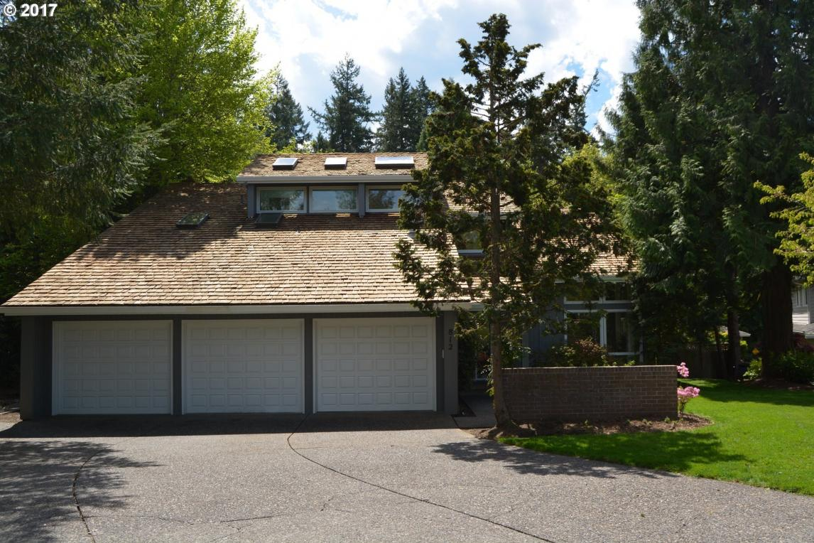 812 Country Cmns, Lake Oswego, OR 97034