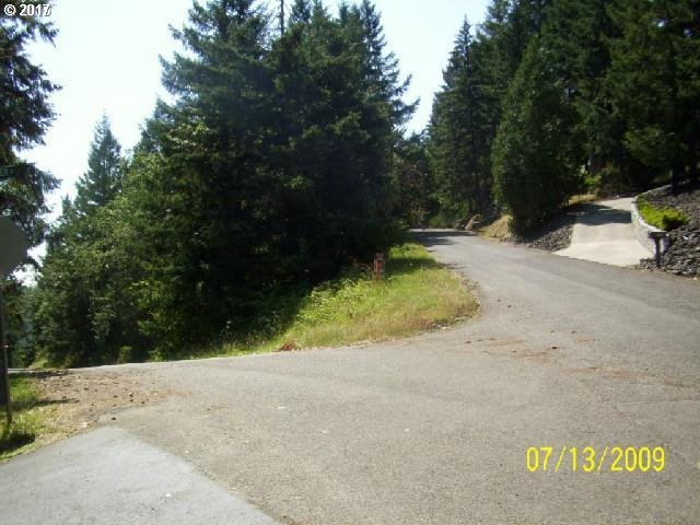 Ridge Water Dr, Sutherlin, OR 97479