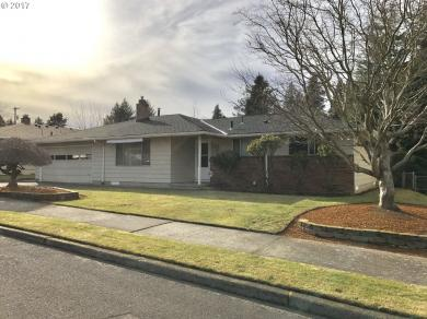 811 SE 214th Ave, Gresham, OR 97030
