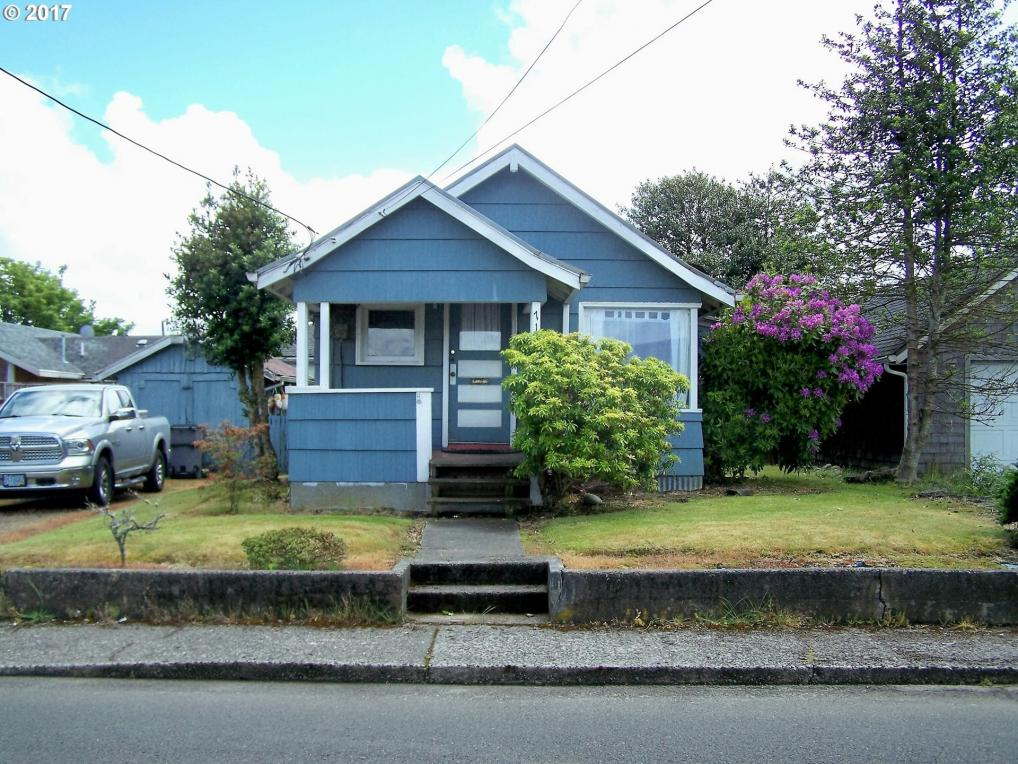 711 6th Ave, Seaside, OR 97138