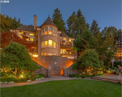 Photo of 1527 Lake Front Rd, Lake Oswego, OR 97034